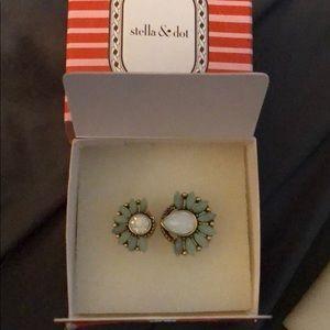 Stella & Dot Jewelry - Stella and dot NIB ring